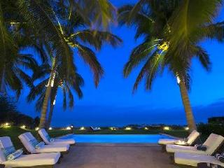 Casa Tortugas - Beautiful beachfront villa with pool & majestic landscape & ocean views - Punta de Mita vacation rentals