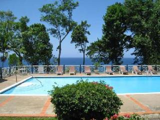 Oceanfront Frangipani on estate with private tennis & mini-golf, freshwater pool & full staff - Ocho Rios vacation rentals