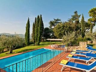 Montoro- picturesque landscape views, pristine grounds with pool - Chianti vacation rentals