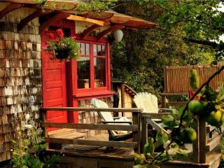 Orchard Cabin on Salt Spring Island - Gulf Islands vacation rentals