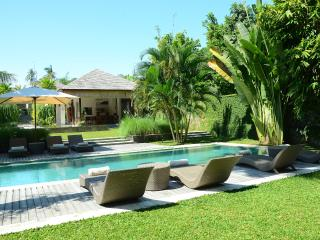 Villa Bengawan | 5 bdrm | Luxury villa near beach - Canggu vacation rentals