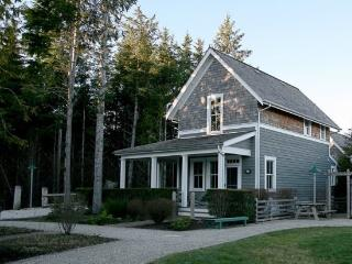 Sea Otter w/ Carriage House - Southern Washington Coast vacation rentals