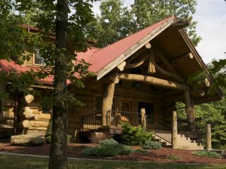 Exclusive And Unique Log Cabin In Brown County - Indiana vacation rentals