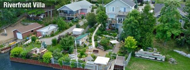 Main Exterior Aerial - Beach1.com - Riverfront Villa - Wasaga Beach, ON - Wasaga Beach - rentals