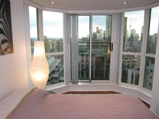 Toronto Prestigous Yorkville 2 Bedroom 2 Bathroom! - Toronto vacation rentals