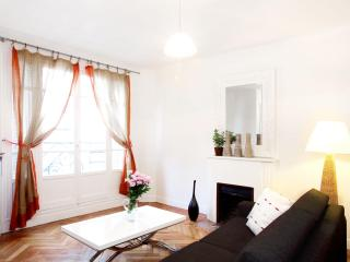 DELUXE FLAT IN LE MARAIS - PARIS - 3rd Arrondissement Temple vacation rentals