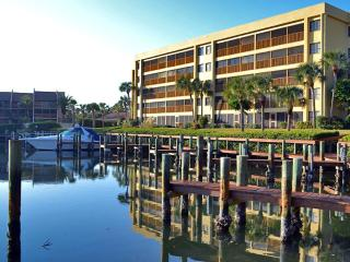 Spacious Siesta Key vacation rental condo - Siesta Key vacation rentals