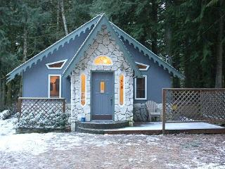 Glacier Springs Cabin #60 - The Enchanted Cottage with a hot tub! - Glacier vacation rentals