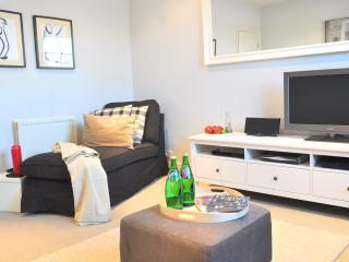 Luxury! Apartment Notting Hill/ 2BED/2min to tube - London vacation rentals