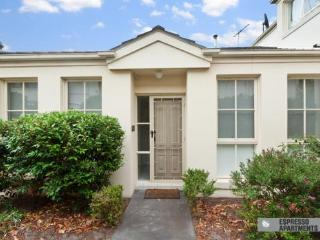 2/15 Marara Road, South Caulfield, Melbourne - Melbourne vacation rentals