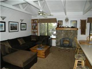 Seasons 4 - 2 Brm loft 3 Bath , #112 - Mammoth Lakes vacation rentals