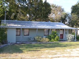 Waterfront- Sleep 16- in 4/2, split level house - New Braunfels vacation rentals