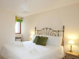 St. Stephen's Street Apartment 2 - Edinburgh vacation rentals