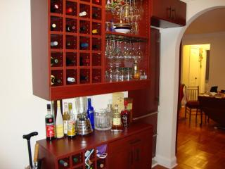 Gracious West 70's Beautifully Furnished Sleeps1-5 - New York City vacation rentals