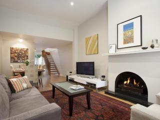 Melbourne Boutique Cottages - Sweeny Cottage - Melbourne vacation rentals