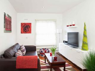 Stylish, Boutique Modern Central London Flat (P03) - Kentucky vacation rentals