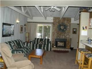 Seasons 4 - 1 Brm loft - 2 Bath,  #106 - Mammoth Lakes vacation rentals