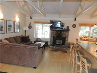Seasons 4 - 2 Brm loft - 2 Bath , #116 - Mammoth Lakes vacation rentals