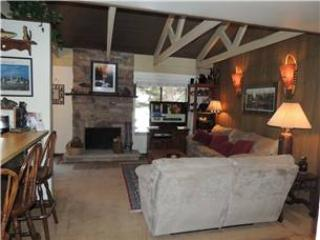 Seasons 4 - 2 Brm loft - 2 Bath , #114 - Mammoth Lakes vacation rentals