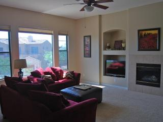 Luxury Condo in gated golf resort / South Mountain - Phoenix vacation rentals