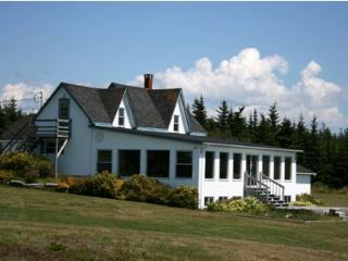 Ocean's Playgound Cottage, Barrington, Nova Scotia - Barrington vacation rentals