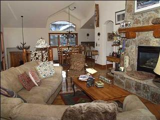 Distinctive Mountain Home in Gated Community - Elegantly Decorated Getaway (8307) - Vail vacation rentals