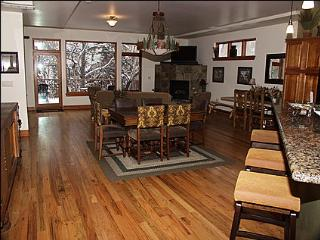 Beautiful  End-Unit Home on Eagle River - Riverwalk Shops, Restaurants, Movie (17332) - Vail vacation rentals