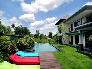 Villa Sanga - Large Lux 3 bed villa / private pool - Bali vacation rentals