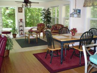 Located Near Water Park & Innsbruck-Walk to Town - Helen vacation rentals