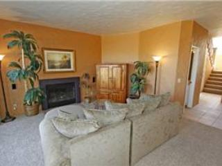 Great Views-Nice Décor-Pet Friendly! Palm Valley CC (VV523) - Palm Desert vacation rentals