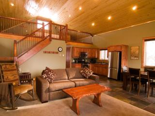 Garden Chalet in the Canadian Rocky Mountains - Kootenay Rockies vacation rentals