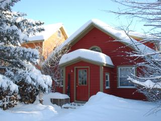 Star Bright.Cozy home in heart of the white mnts. - North Conway vacation rentals