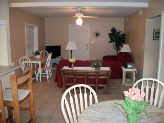 BEACHNUTS UNIT B 2 Bedroom/1 bath with prvt pool - South Padre Island vacation rentals