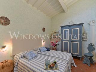 Carmine - Windows on Italy - Florence vacation rentals