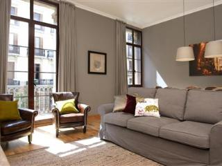 Paseo de Gracia Deluxe C - Catalonia vacation rentals