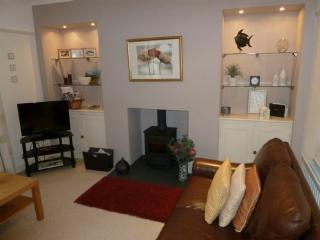 THOMPSON COTTAGE, Troutbeck, Near Windermere - Troutbeck vacation rentals