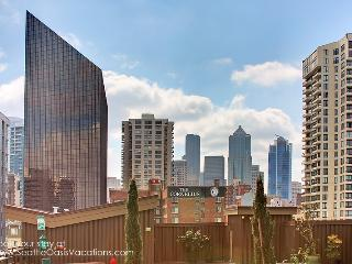 1 Bedroom Sweeping City View Oasis-In the Heart of Seattle! - Seattle vacation rentals