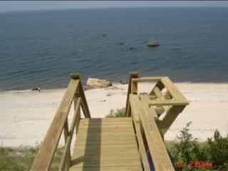 Beachfront House w Amazing Views, 5min to Vineyard - Image 1 - Wading River - rentals