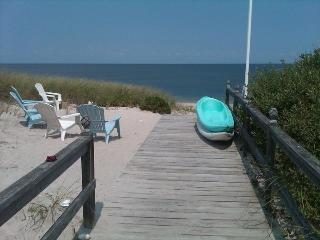 4B Beach house on Sand, near Wineries & Farmstands - Wading River vacation rentals