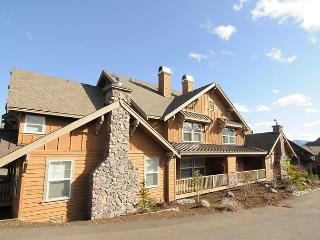 Two Bedroom Deluxe Townhome in Roslyn Ridge (Near Suncadia) Wi-Fi, SPECIALS!! - Cle Elum vacation rentals