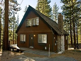 Cozy, comfortable, and quiet chalet with private hot tub! - South Lake Tahoe vacation rentals