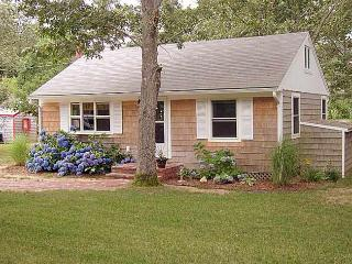 25 Oquamoshod Rd.  North Eastham - South Wellfleet vacation rentals