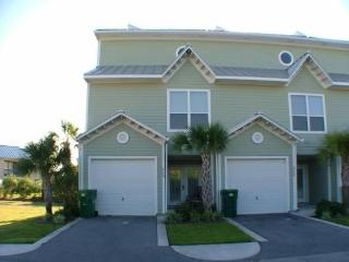 Fall dates Great Rates, Close to Beach Pets VP - Destin vacation rentals