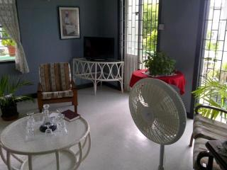 Tropical Cottage-Enjoy the Breeze $550 WEEKLY - Rockley vacation rentals