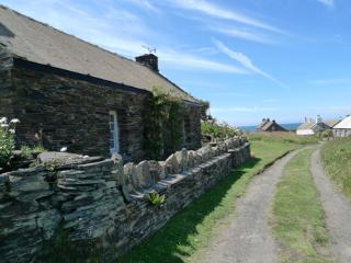 Holiday Cottage - Towyn, Abereiddy - Abereiddy vacation rentals