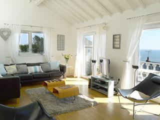 Pet Friendly Holiday Home - Nantucket, Freshwater East - Freshwater East vacation rentals