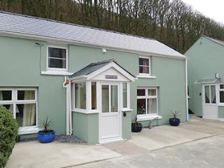 Pet Friendly Holiday Cottage - Min yr Afon, Solva - Solva vacation rentals