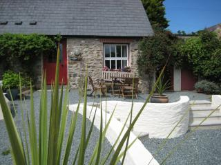Pet Friendly Holiday Cottage - Sands Cottage, Talbenny Hall, Little Haven - Little Haven vacation rentals