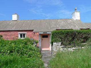 Holiday Cottage - Swn y Mor, Abereiddy - Abereiddy vacation rentals
