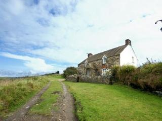 Holiday Cottage - Banc Farm, Abereiddy - Abereiddy vacation rentals